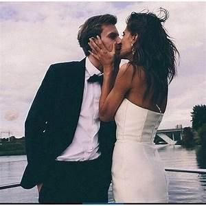 Lighting Wedding Sparklers Pinterest Vandanabadlani Elegant Romance Cute Couple