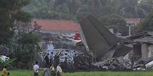 Pesawat Milik Sinar Mas Jatuh Di Mesuji Lampung  Pilot Tewas