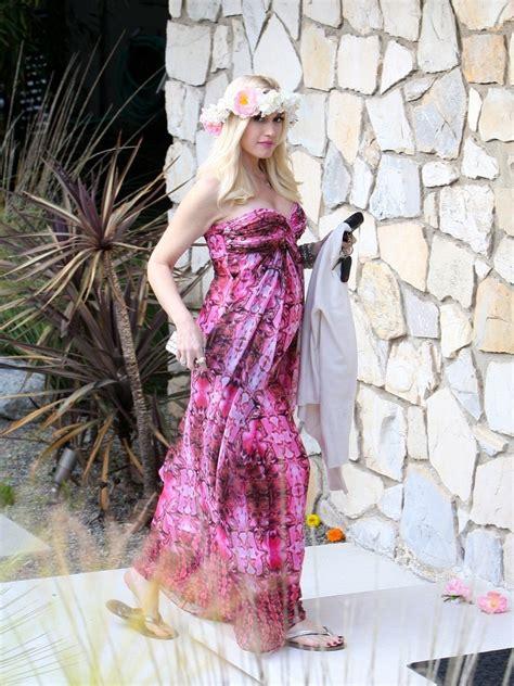 gwen stefani strapless dress gwen stefani  stylebistro