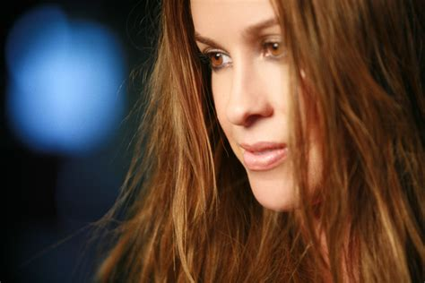 alanis morissette wallpapers images  pictures