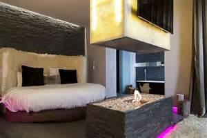 Baignoire Dans Chambre Hotel by St Valentin Toute L Ann 233 E Oui Guide Des H 244 Tels
