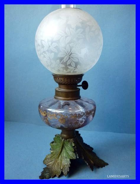 globe le a petrole 28 images 1 globe tulipe en verre grave pour le a petrole lustre 14cm