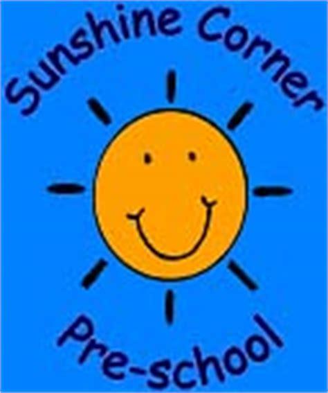 corner pre school 269 | logo