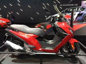 Peugeot Motocycles Mandeure : les incontournables 125 vid o en direct du mondial de la moto ~ Nature-et-papiers.com Idées de Décoration
