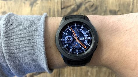 fitbit versa v samsung galaxy stylish smartwatches
