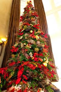 christmas tree show me decorating towering magestic tree http www app showmedecorating com