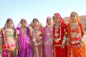 Costumes Of Rajasthan Women's Attire | Costumes Of ...