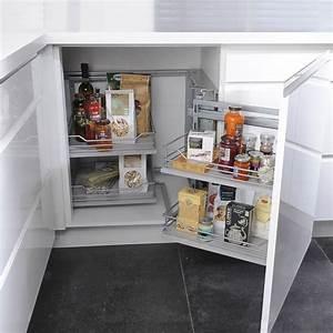 Meuble Angle Cuisine : petite cuisine 12 astuces gain de place c t maison ~ Teatrodelosmanantiales.com Idées de Décoration