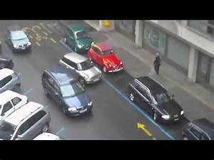 Garer Une Voiture : une femme essaie de garer sa voiture mdrr youtube ~ Medecine-chirurgie-esthetiques.com Avis de Voitures