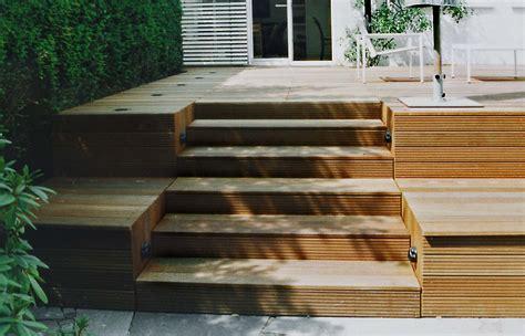 Gartengestaltung Mit Holzterrasse by Gartengestaltung Mit Holzterrasse Und Gartenbeleuchtung