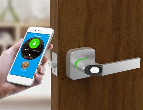 ultraloq    fingerprint smart lock gadget flow