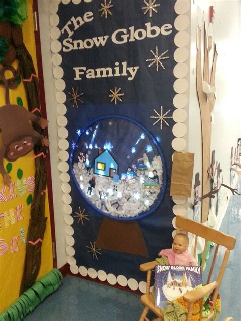 snow globe family door decorating competition