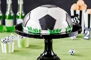 Fußballkuchen & Fußballtorte: Rezepte rund um den Fußball