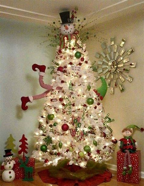 50+ Unique Christmas Decorations to WOW Your Family and
