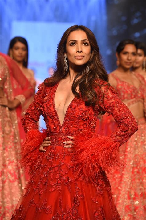 Share a gif and browse these related gif searches. Malaika Arora Walked for KALKI Fashion's Zinnia Collection ...