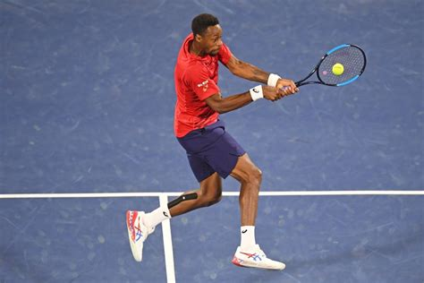 Gaël monfils reaches the 2nd week of wimbledon for the first time in his career (5/7 6/4 6/4 6/2 vs querrey). Monfils déclare forfait pour un tournoi virtuel