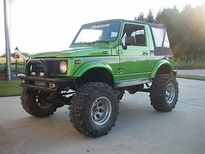 Lifted Suzuki Samurai     Oddly Cool