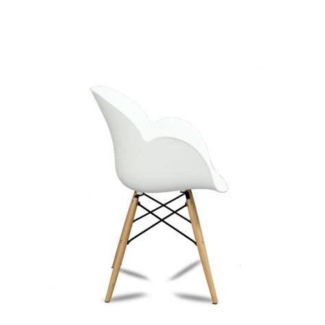 lot de chaises design pas cher lot de 2 chaises design ki oon couleur blanc achat vente chaise salle a manger pas cher