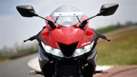 Yamaha Yzf R15 V3 Sports Bike
