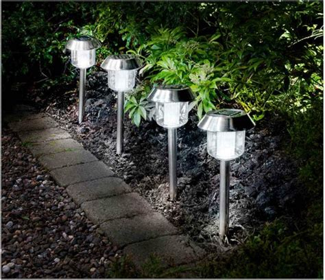 how to make outdoor solar lights best solar lights for garden ideas uk