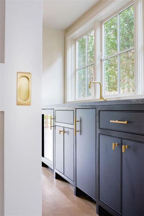 design trend  flat front cabinetrybecki owens
