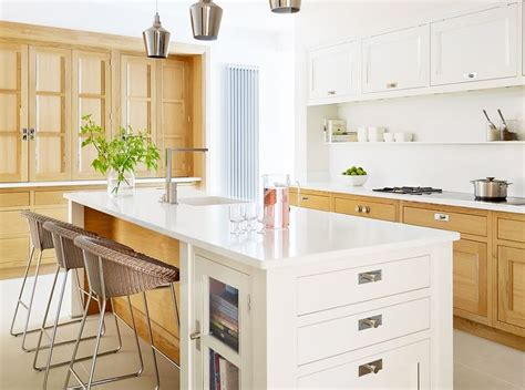 kitchen cabinets base 17 best images about stained and painted cabinets together 2887