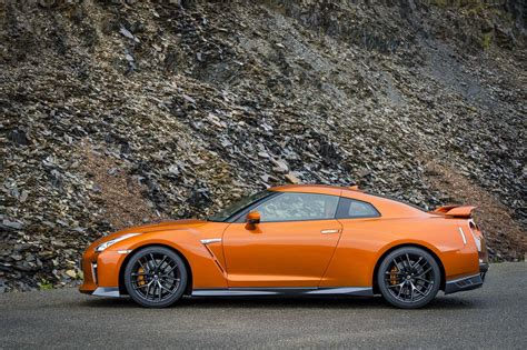 nissan skyline 2017 2017 nissan gt r first drive review motor trend