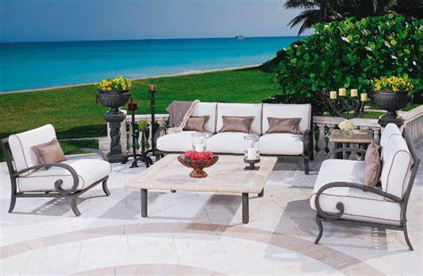 Salon de jardin en fer forge en promotion pas cher decoration jardin maroc ...
