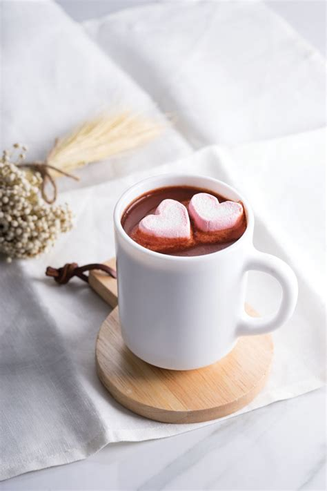 baileys red velvet hot cocoa orlando style magazine