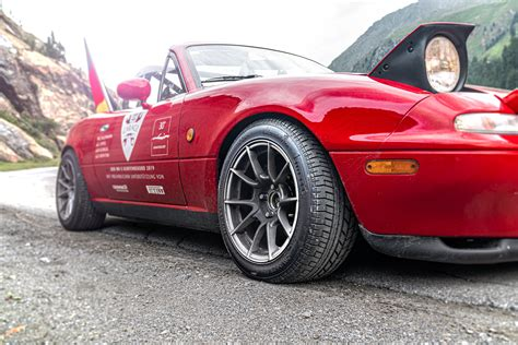 VIDEO: A Mazda Miata now holds the world record for most ...
