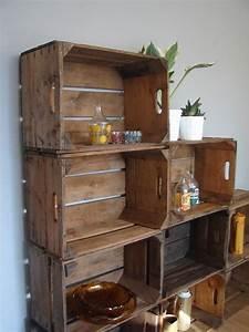 L Art De La Caisse : vintage wooden apple crates storage british shelves ~ Carolinahurricanesstore.com Idées de Décoration