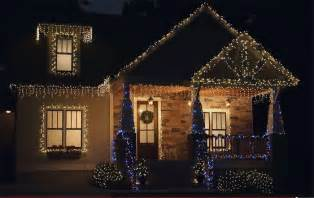 tips for hanging outdoor christmas lights glennstone roofing gutters