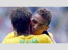 Neymar talking Danilo out of Real move MARCAcom