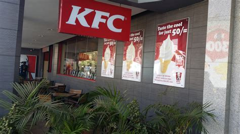 File:KFC in Westlands, Nairobi, Kenya.jpg - Wikimedia Commons