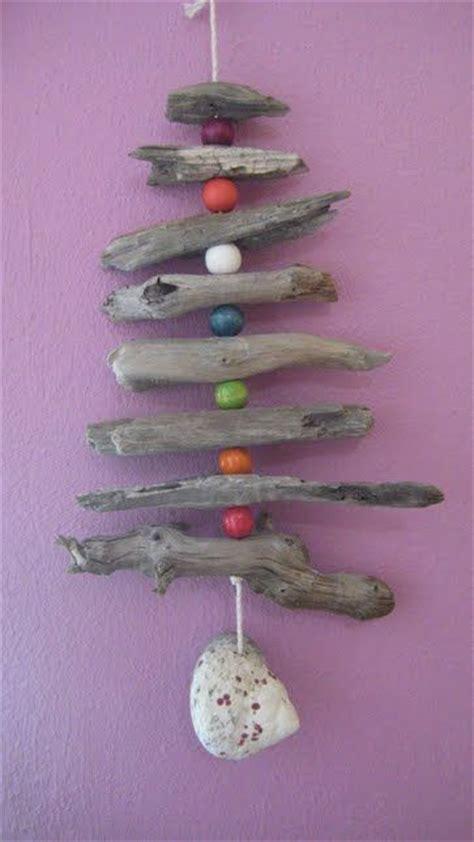 Hanging Driftwood Christmas Tree