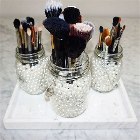 Best 25 Vanity Decor Ideas On Pinterest Makeup Vanity