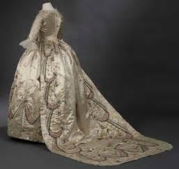 18th century court costume and antoinette versailles and more - Robe De Mariã E Versailles