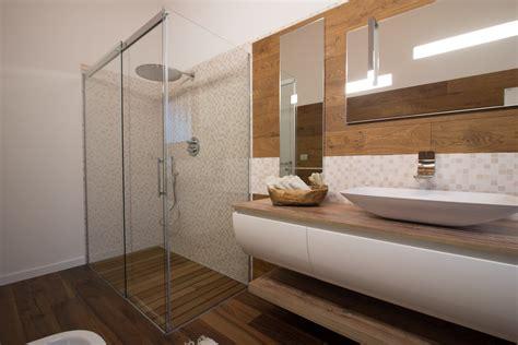 Bagno Rustico In Legno Italian Bathrooms 10 Un Bagno Rustico Contemporaneo
