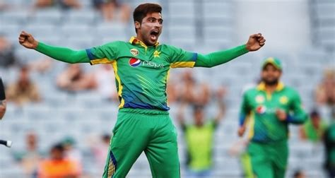 Top Greatest Fast Bowlers Pakistan Has Ever Produced