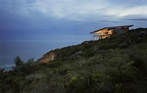 SAOTA places cove 3 house along south african coastline