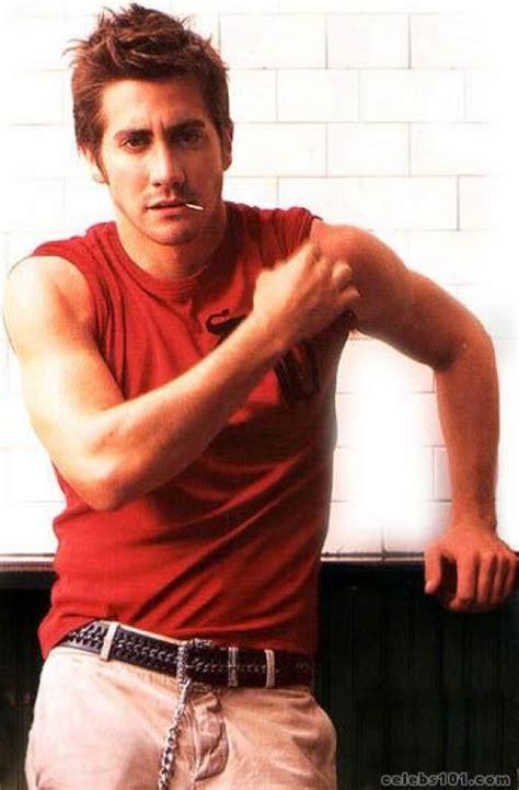 jake gyllenhaal body measurements celebrity bra size