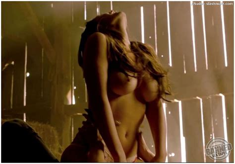 merritt patterson absolutely naked at