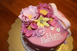Happy Birthday Cake and Flower for the Special Person ...