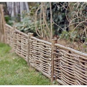 Barrière En Bois Jardin : bordure bois noisetier avec tige bordure de jardin ~ Premium-room.com Idées de Décoration