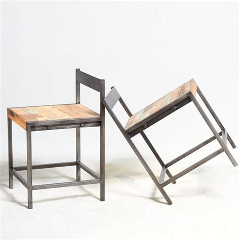 chaise de bateau chaise industrielle fer et boisen vente chez orign 39 s maison