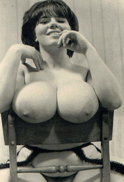Big Vintage Titties Titty Blog