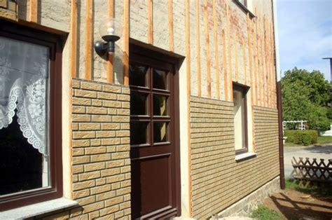 Hausfassade Mit Holz Verkleiden by Hausfassade Selber Verkleiden Ein Erfahrungsbericht
