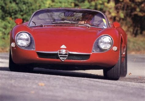 Alfa Romeo Tipo 33 Stradale (1967–1969) photos (640x480)