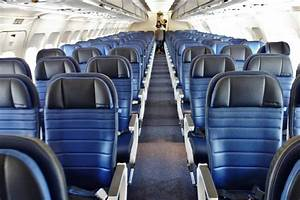United Airlines Fleet Airbus A319 100 Economy Class Main