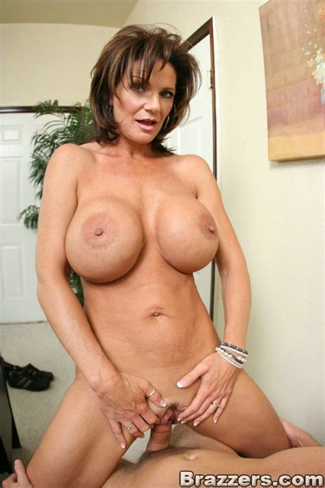 Deauxma Pictures Of Big Boobs Porn Star Having Sex In The